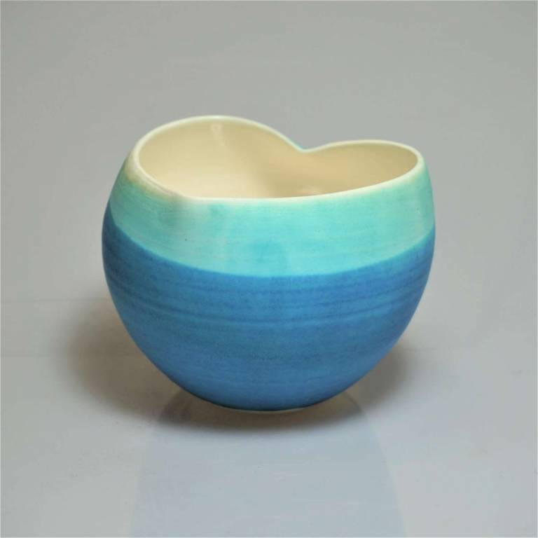 Anna Olson - Medium Blue Heart Bowl