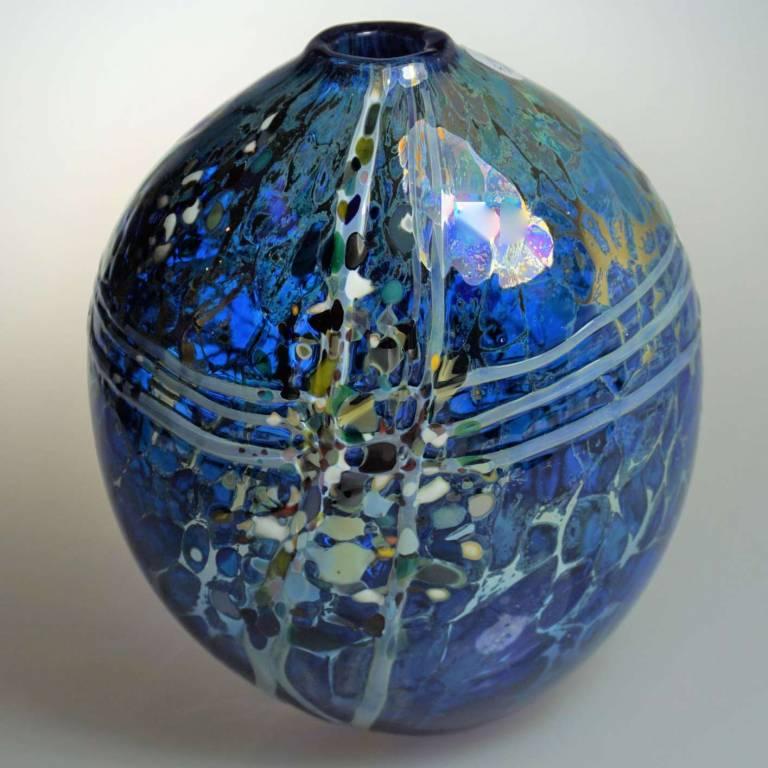 Shakspeare Glass - Medium Lustre Rocks Closed
