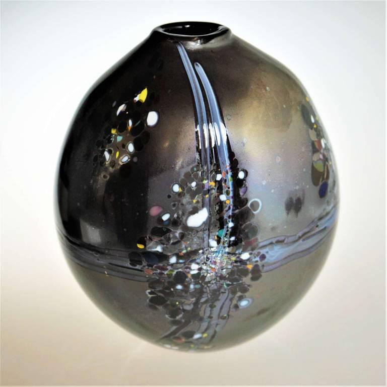 Will Shakspeare  - Large Pebble Closed Black