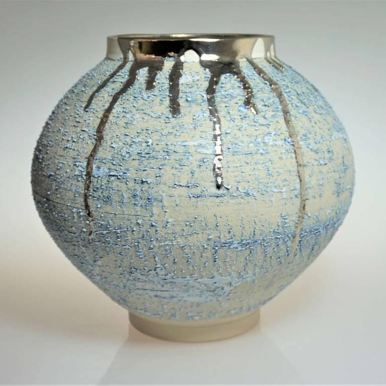 Textured Moon Jar With Platinum Lustre Medium