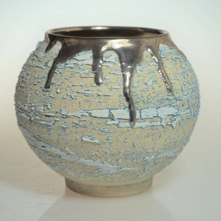 Alex McCarthy - Textured Moon Jar With Platinum Lustre Small