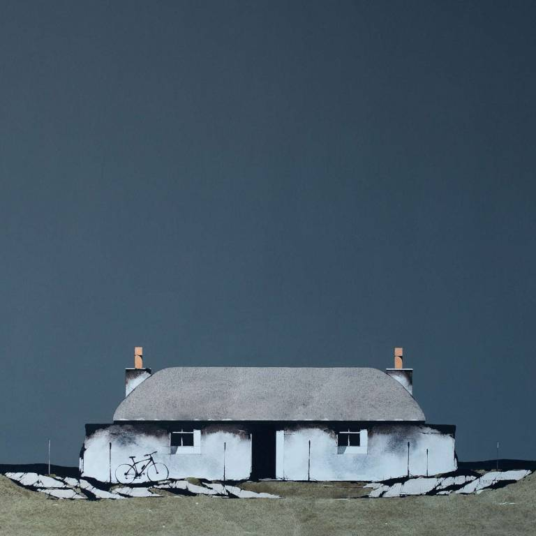Ron  Lawson - Tiree Thatched Cottage and Bike