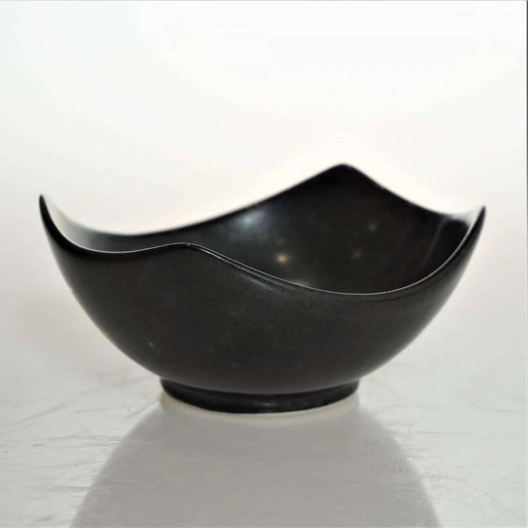 John Maguire - Black Squared Bowl