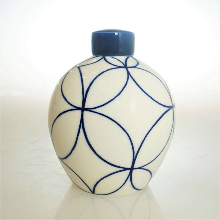Rhian  Malin - Medium Round Double Ring Ginger Jar