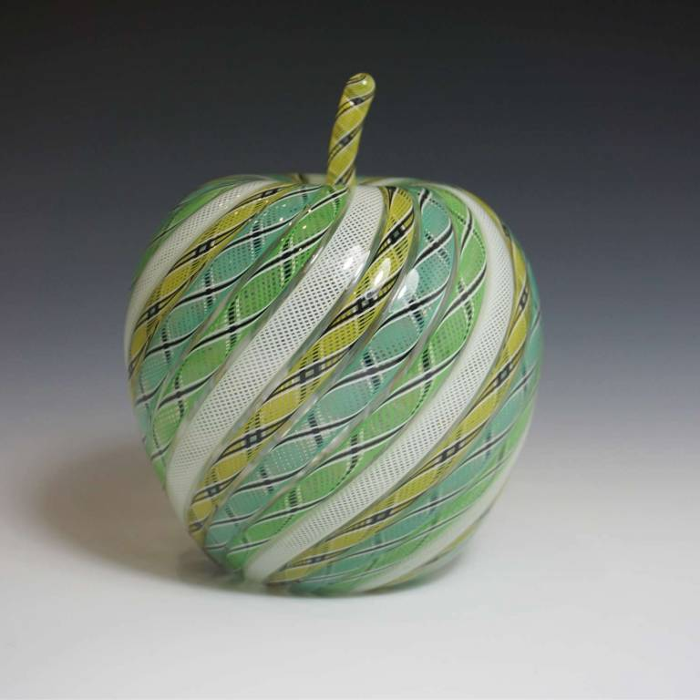 Mike Hunter - Apple