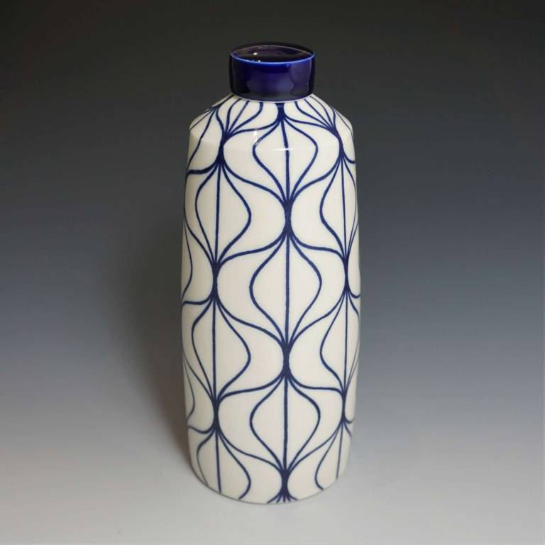 Rhian  Malin - Large Straight Hoi Ann Jar