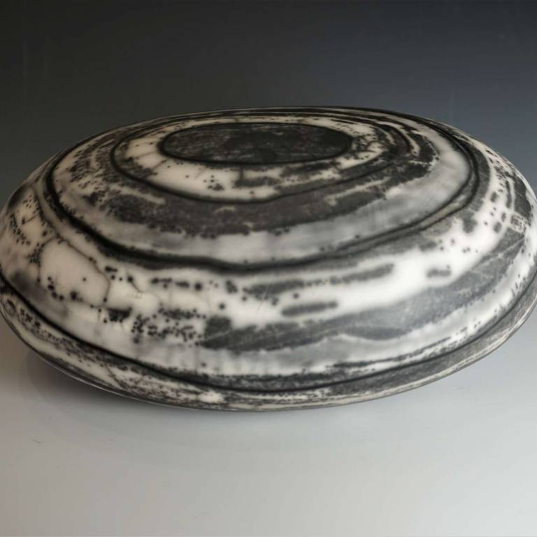 Medium Flat Oval Bouler