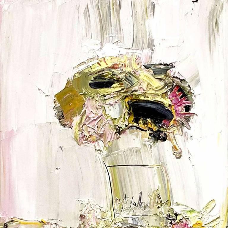 Seraphim Sunflower Against Jamur Pink