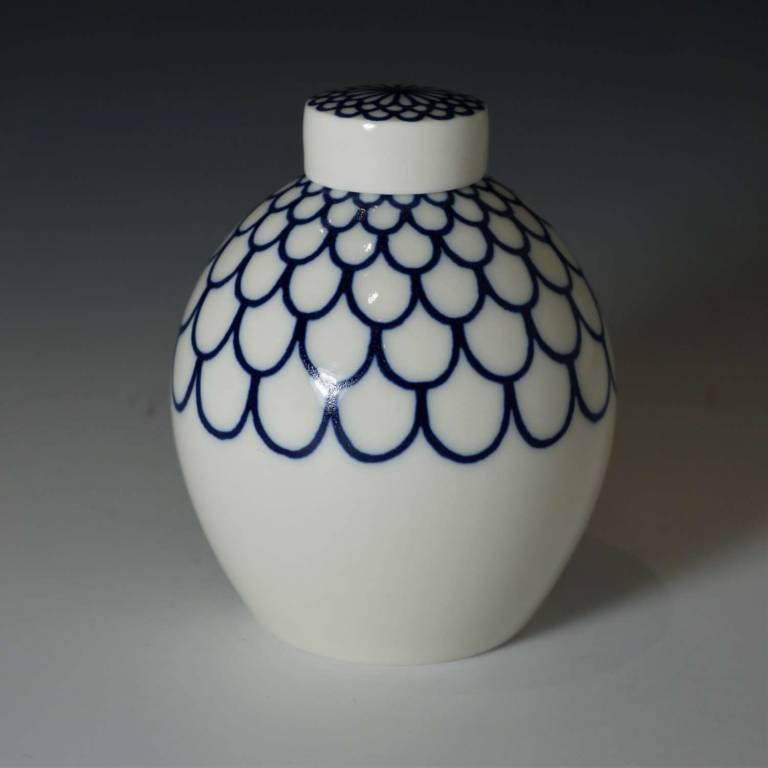Small Round Linear Ginger Jar